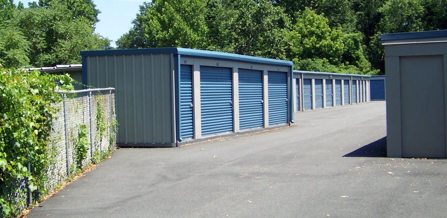 Shipping Container Self Storage Units 910 x 445